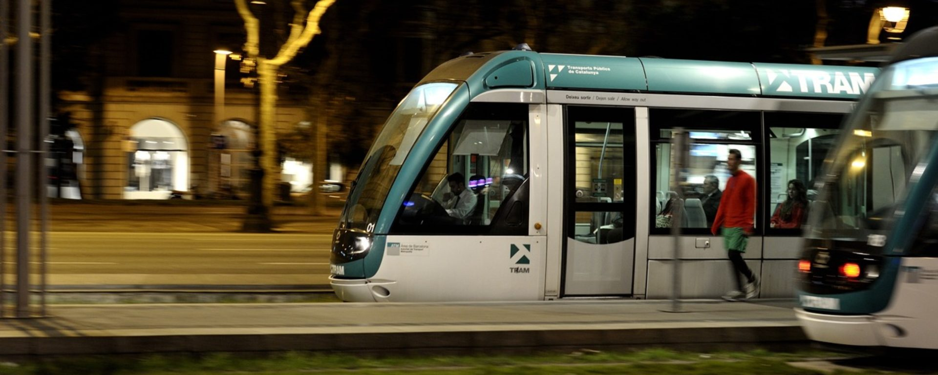 tram,train,barcelone,mobilité,transdev