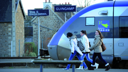 ferroviaire,carhaix,guingamp,transdev,movilité