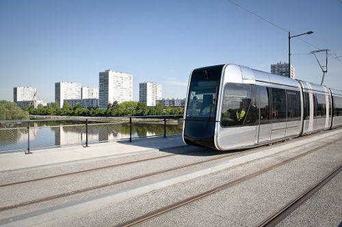 transdev,tours,mobilité,developement,agglomération