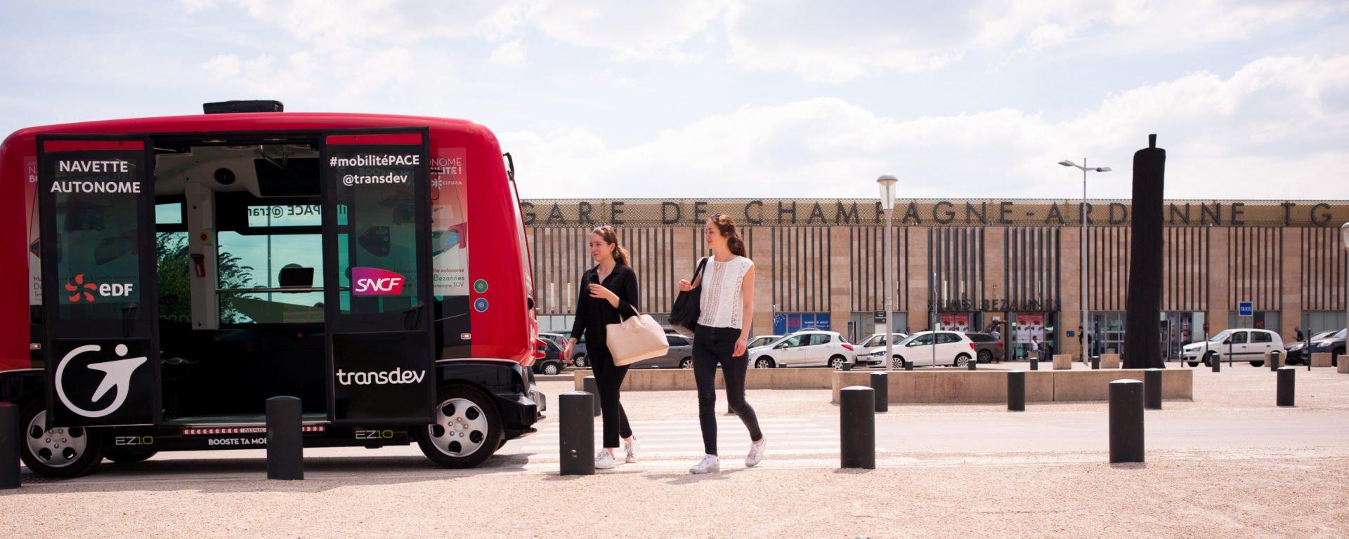 REPORTAGE TRAMWAY > NAVETTE AUTONOME - GARE TGV