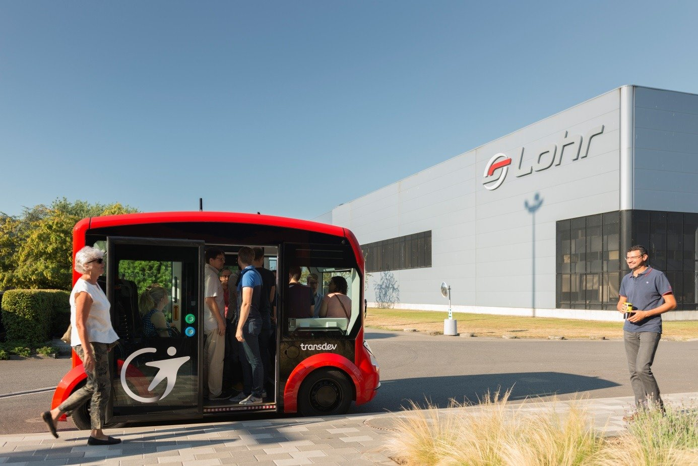 transdev presents at ces 2019  las vegas  its vision of shared autonomous transport to offer its