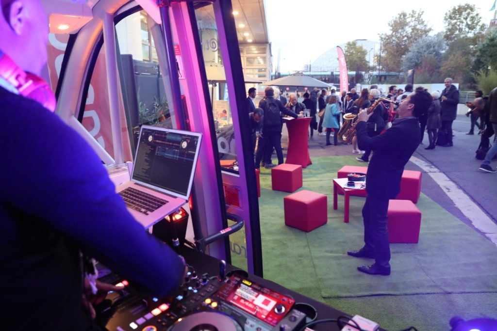 DJ Stand Mondial Tech