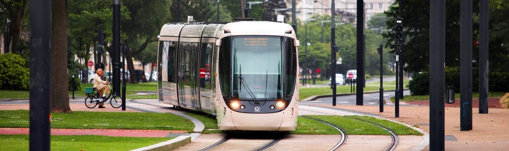 transdev mobility company transport public commun tramway passagers le havre lia