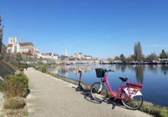 Vélo à assistance électrique VAE trottinette réseau transport LEO Auxerre Transdev modes doux