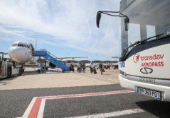 Transdev aéropass logistique aéroportuaire avion orly roissy transport passagers piste