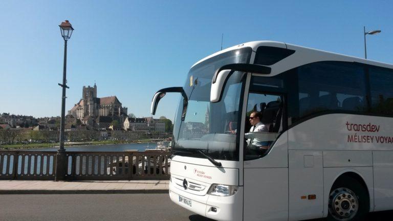 Transdev Bourgogne Franche Comté tourisme TO Auxerre bus car blanc