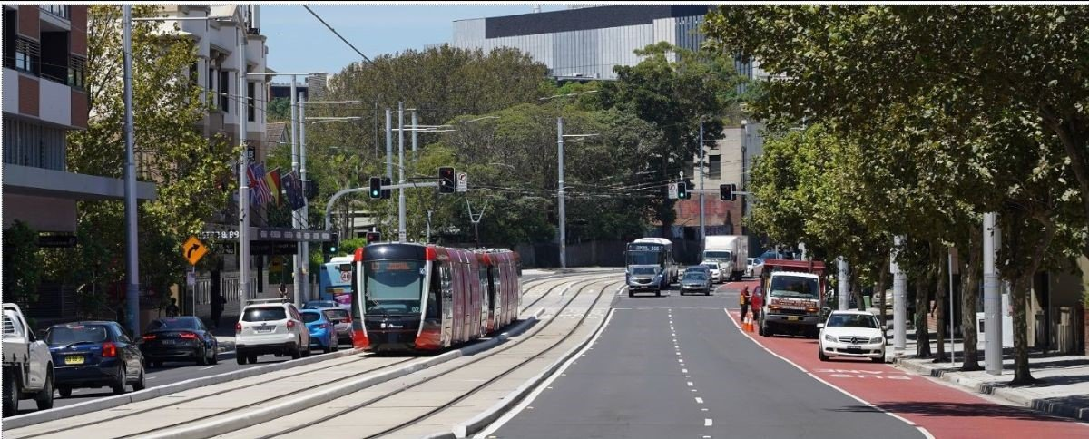 kingsford-light-rail-line-up-and-running