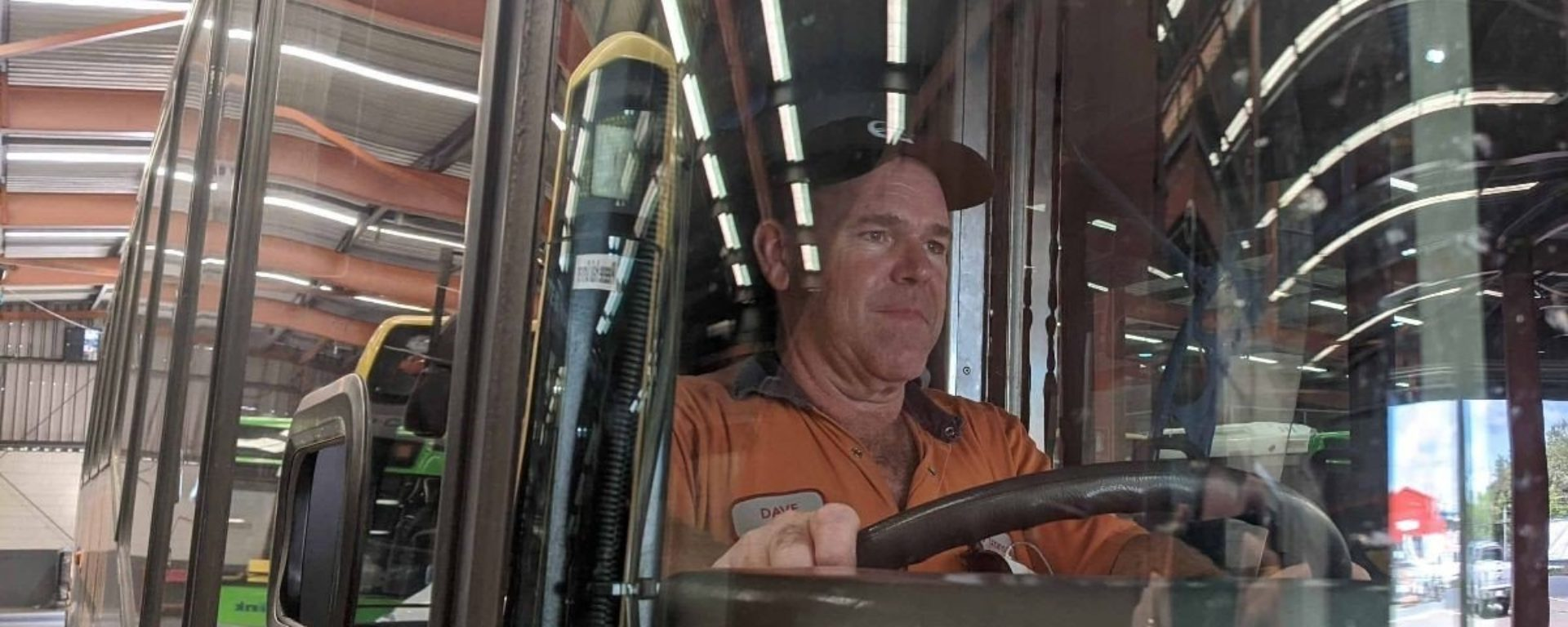 queensland_bus_cleaning_team