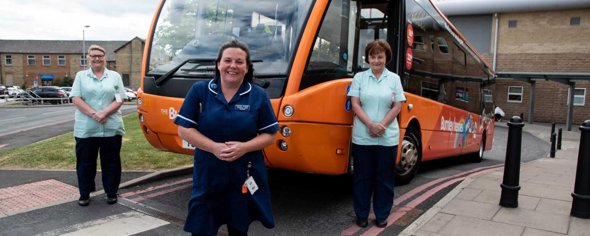 pic-3-burnley-heroes-bus-launch