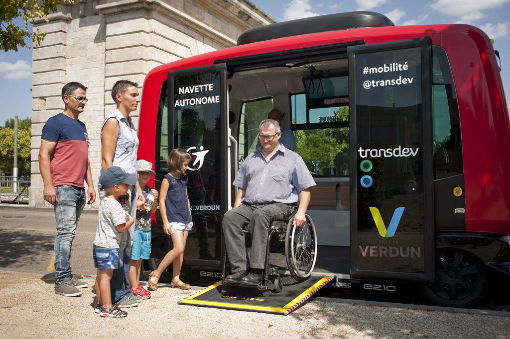 service-de-transport-autonome-verdun-navette-easymile-1024x682