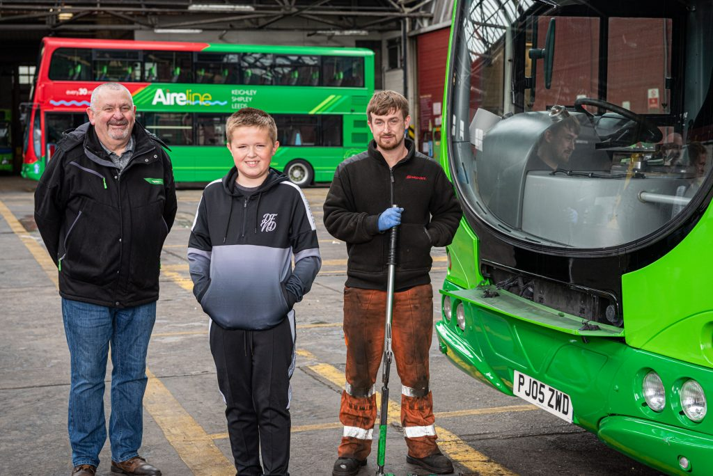 pic-2-kayden-firth-with-keighley-depot-team-1024x684